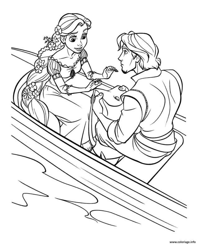 Coloriage Son Prince Flynn Lui Offre Un Sac A Main Raiponce Disney