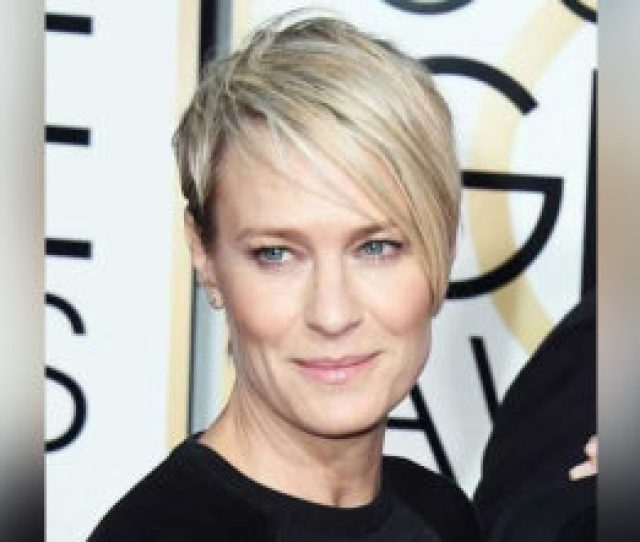 Best Short Hairstyles For Women Over   Edition Upmovie_yaseen_assemblageart_colorli