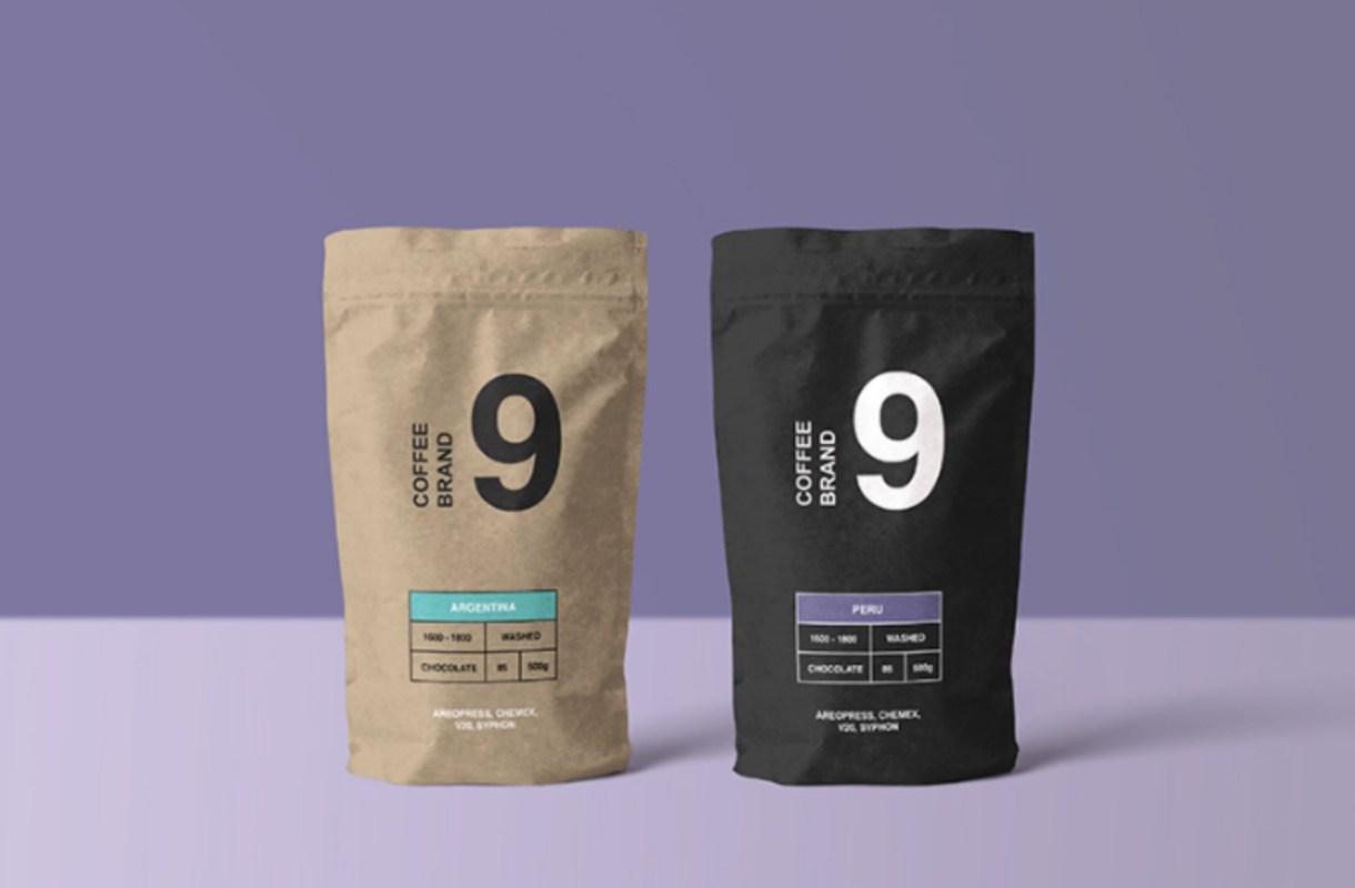 bolsa de café hecha en papel maqueta psd