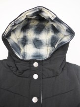 insight-heavy-quilted-vest-with-hood-2-sides-blk-06