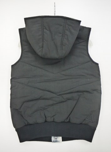 insight-heavy-quilted-vest-with-hood-2-sides-blk-12