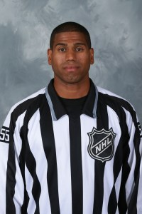 Linesman Shandor Alphonso (Photo/Dave Sandford/NHLI via Getty Images)