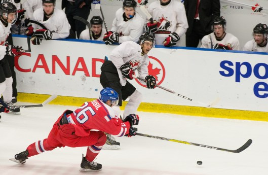 Mathieu Joseph in action against the Czech Republic in exhibition game play during the 2016 National Junior Team Sport Chek Selection Camp Photo/Matthew Murnaghan/Hockey Canada Images).