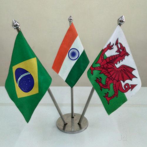 Table Flag (6)