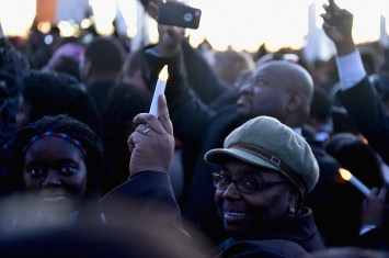 SELMA, AL - JANUARY 18: EDITORIAL USE ONLY Scenes from a commemorative march to the Edmund Pettus Bridge on January 18, 2015 in Selma, Alabama. (Photo by Paras Griffin/Getty Images for Paramount Pictures)