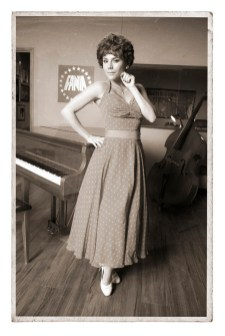 CELIA -- Season:1 -- Pictured: Carolina Gaitan as Lola Calvo -- (Photo by: Juan Manuel Garcia/Telemundo)