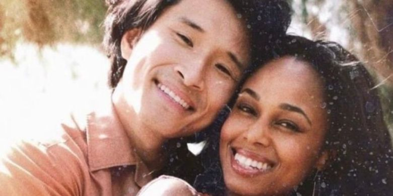 Kane Lieu and Jennifer C. Holmes as Hai and Laurel in 'This Is Us'