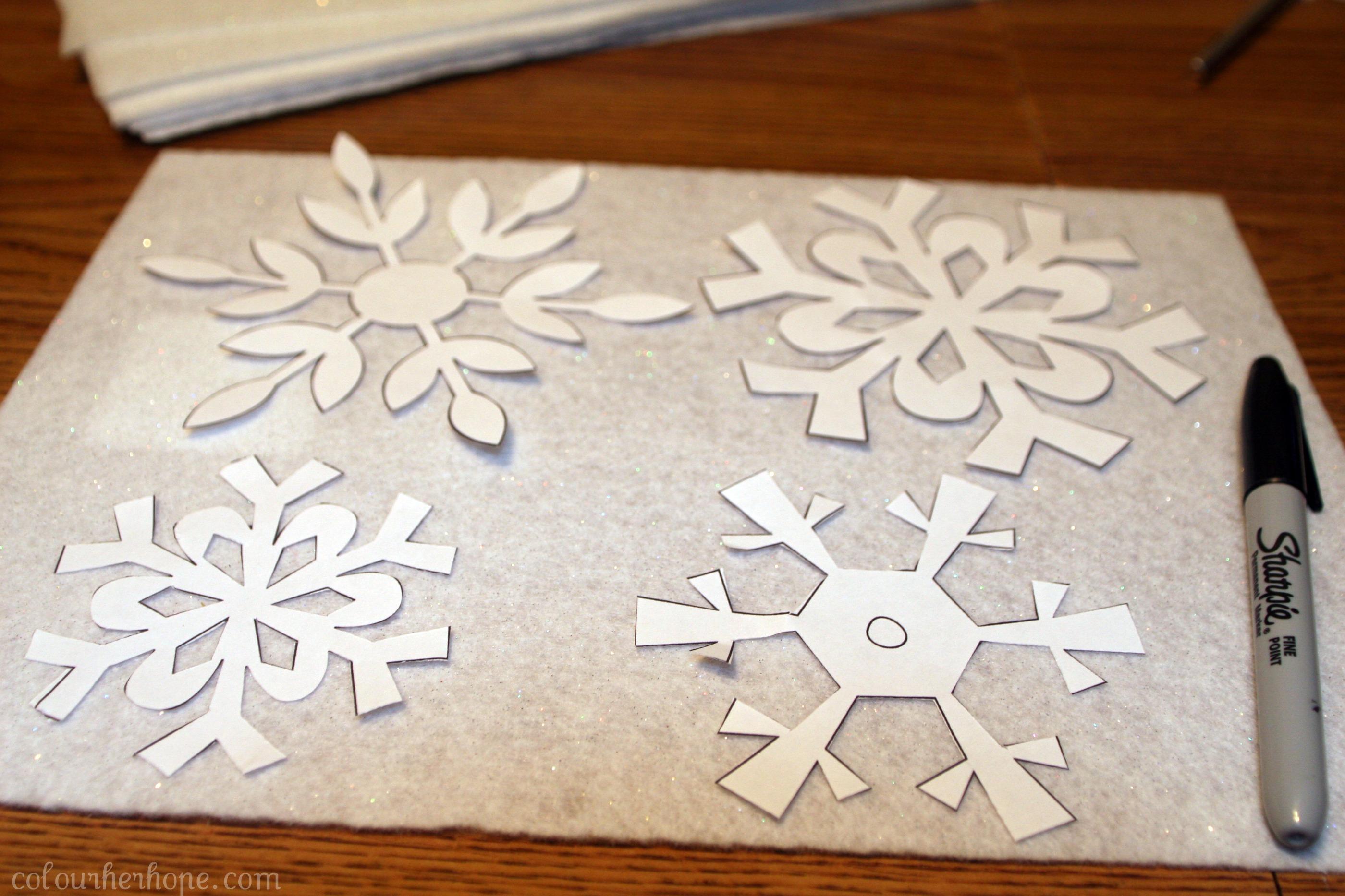 Falling Felt Snowflakes Diy