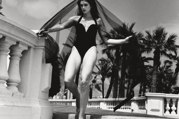 Review: Helmut Newton Retrospective