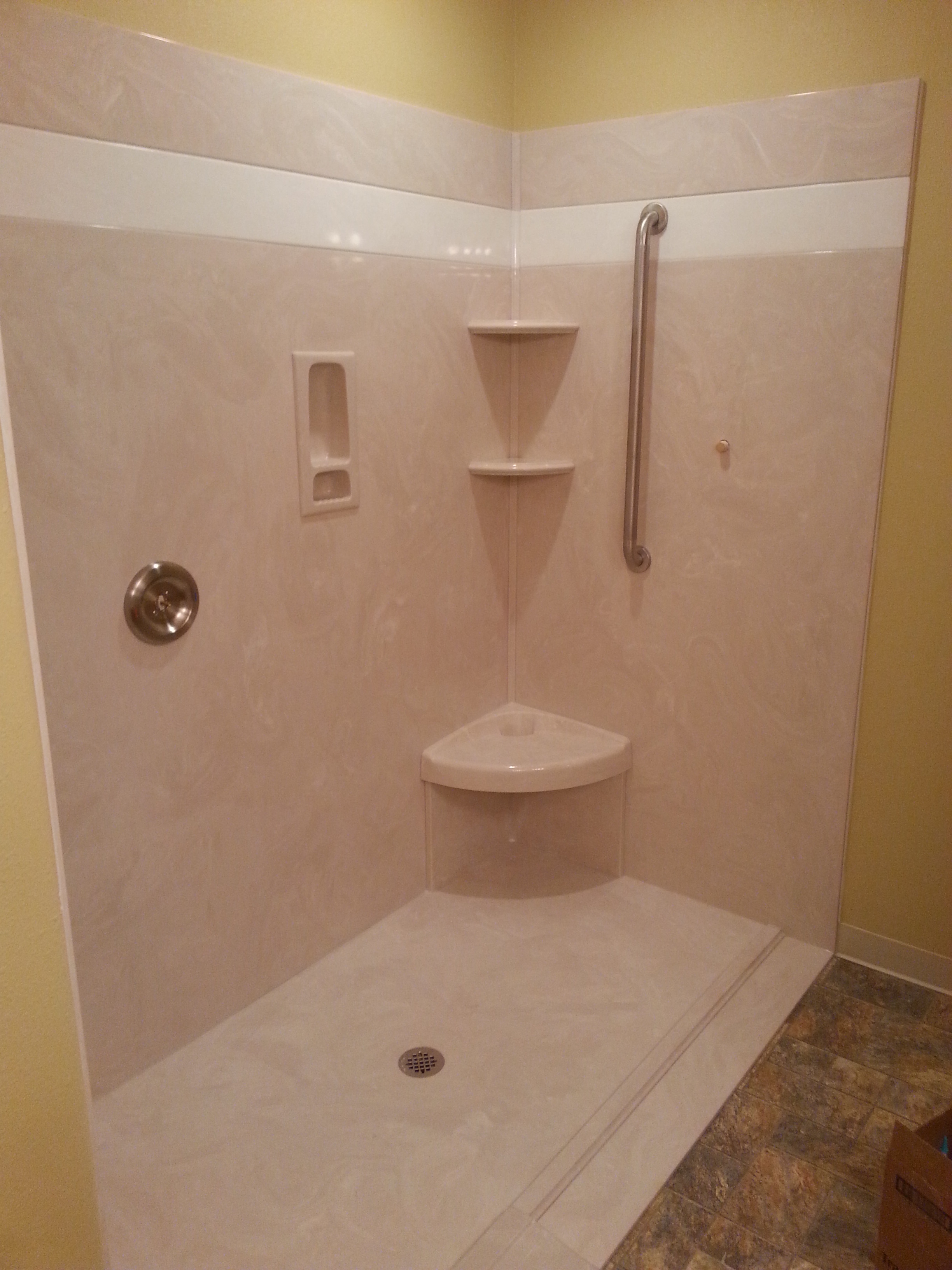 Bathrooms | Columbia Cultured Marble