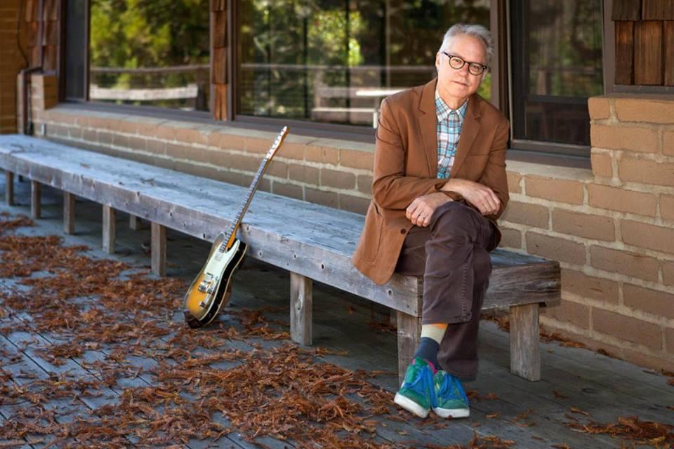 """""""בחזרה לשורשים""""- תום יוגב על """"Guitar in the Space Age"""", החדש של ביל פריזל"""