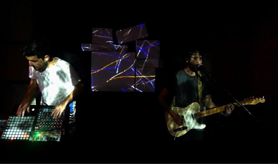 בין הביט לגיטרה: ציפי פישר ראתה את JOOVE לייב במזקקה הירושלמית