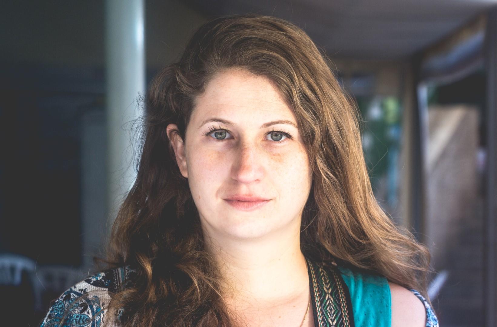 בכורה בקולומבוס: Hadass Laher – Sarah (סינגל)