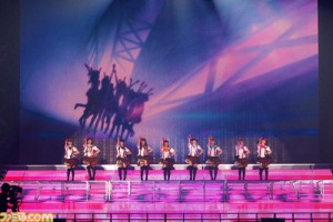 「μ's Go→Go! LoveLive! 2015 ~Dream Sensation!」現場照片,擷取自「ファミ通.com」