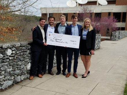 23-entomeal-1st-place Entomeal Awarded First Prize in W&L's Business Plan Competition