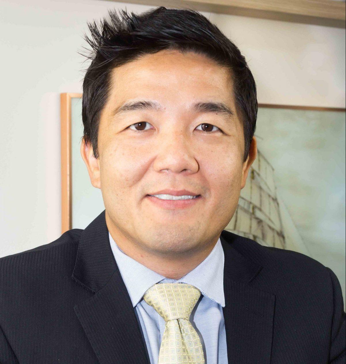 Dr-Denis-Sakai