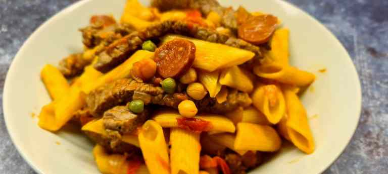 Read more about the article Beef, Chickpea and Chorizo Pasta