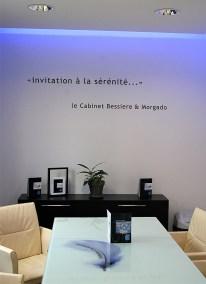 Création design pour signalétique-marquage cabinet comptable - By com-empreintes - agence de communication pour TPE-PME  mur salle réunion