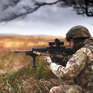 British Army The Rifles, 1st Battalion (1 RIFLES), Sennybridge Training Area (Crown Copyright, 2018, OGL) [1180crop]