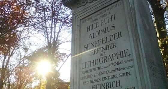 Alois Senefelder's grave in Munich.