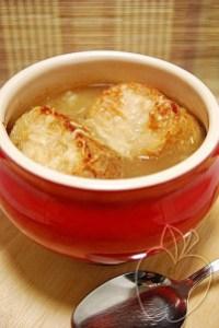 Sopa de Cebolla gratinada (2)