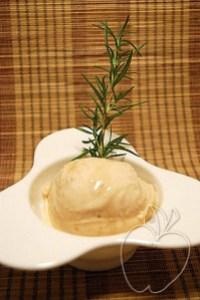 Helado de albaricoque y miel de romero (7)