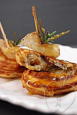 Tortitas de castaña con cansalada y miel (19)