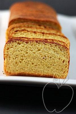 Pan de harina de maíz integral y masa madre (3)