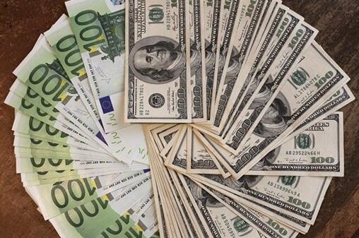 tipos de riesgo cambiario en el comercio internacional