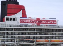 Well wishes to the Queen from Cunard's Queen Mary 2.