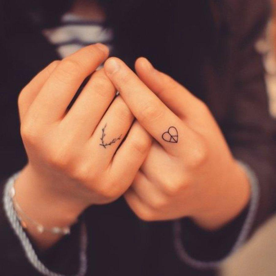 30 gorgeous small tattoo ideas for