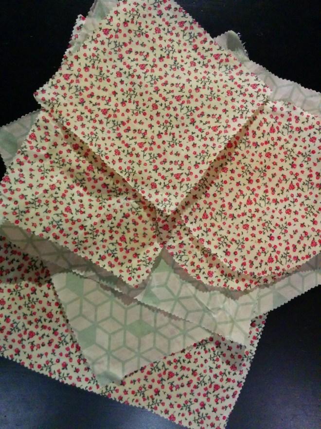 Bees wrap | de færdige bee's wraps lavet af stof og bivoks til madindpakning | bivoks madpakkepapir