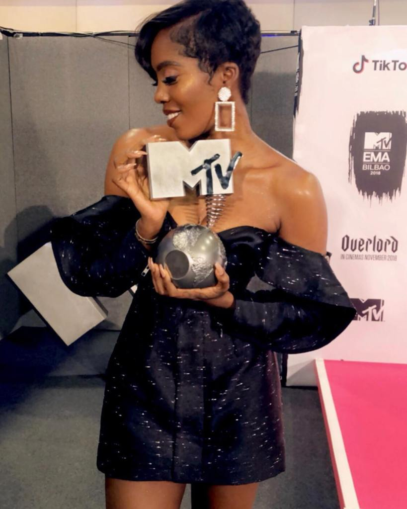 Tiwa Savage has become the first Nigerian female artiste to win the MTV Europe Music Awards in the Best African Act category.