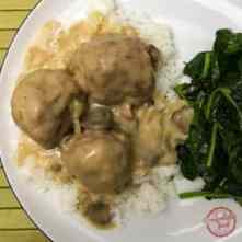 A Salisbury Steak inspired meatball recipe for your slow cooker.