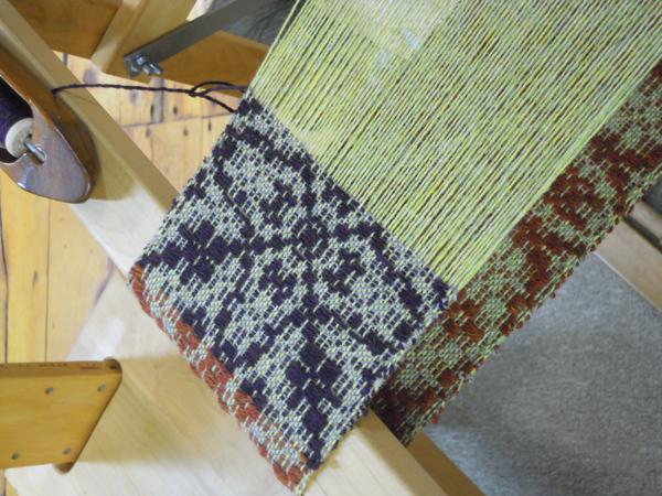 overshot weaving