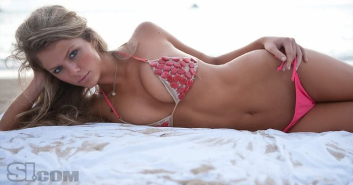 61 Brooklyn Decker Sexy Pictures Will Make You Skip A Heartbeat