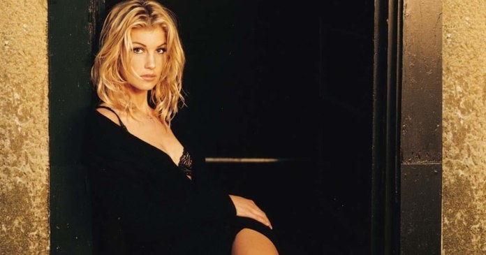 62 Faith Hill Sexy Pictures Will Drive You Nuts For Her