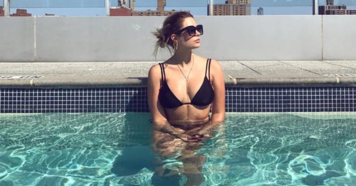61 Ashley Benson Sexy Pictures Will Take Your Breathe Away