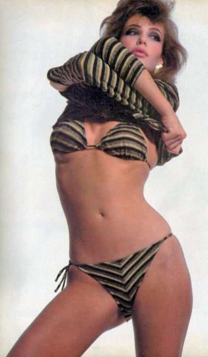 kelly lebrock hot