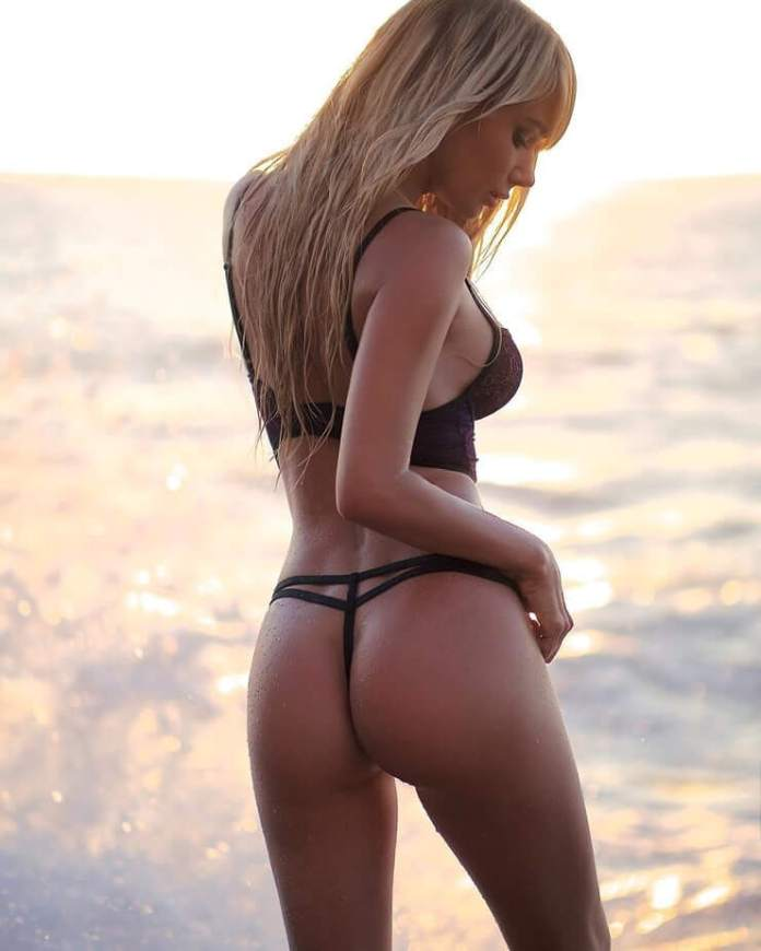 sara jean underwood butt