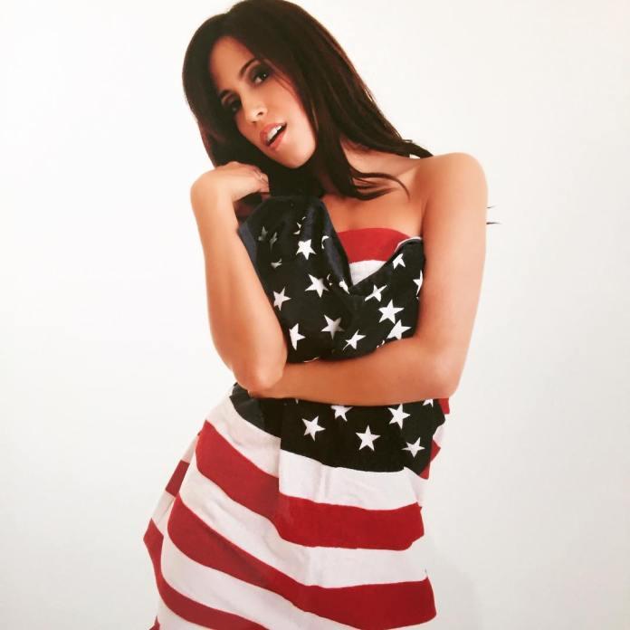 Amber Lee Ettinger hot look pic