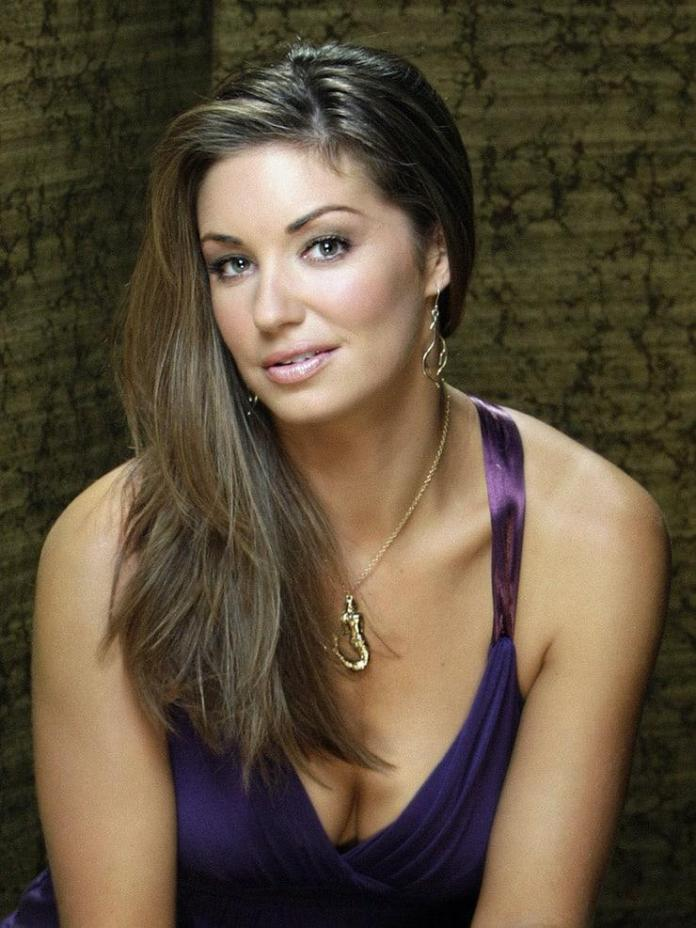 Bianca Kajlich hot look