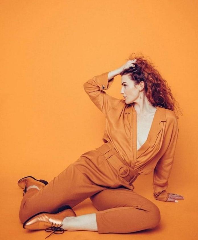 Bridget Regan sexy pic