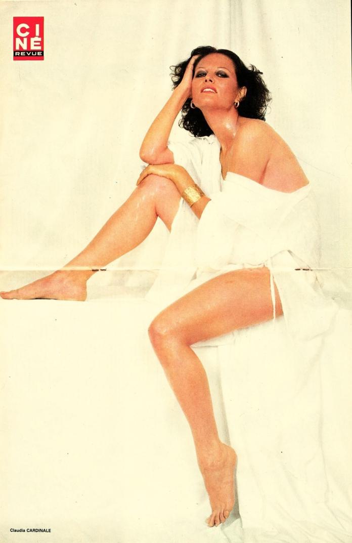 Claudia Cardinale sexy look