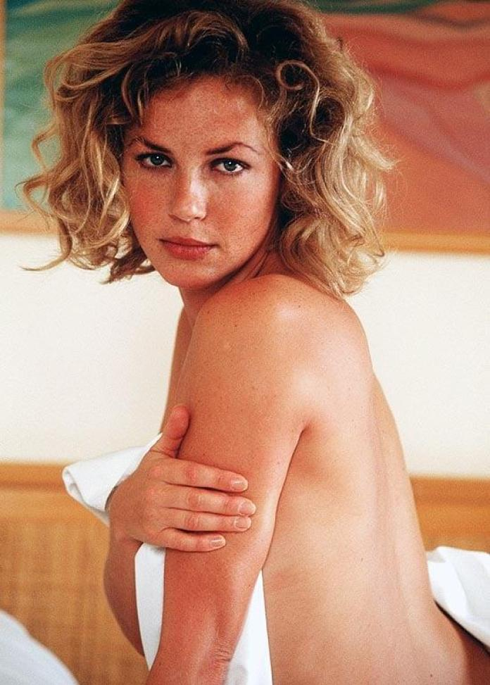 Connie Nielsen hot pic