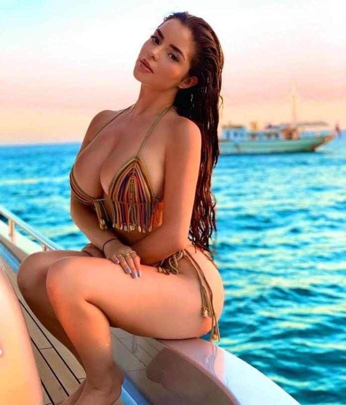 Demi Rose Mawby hot pics