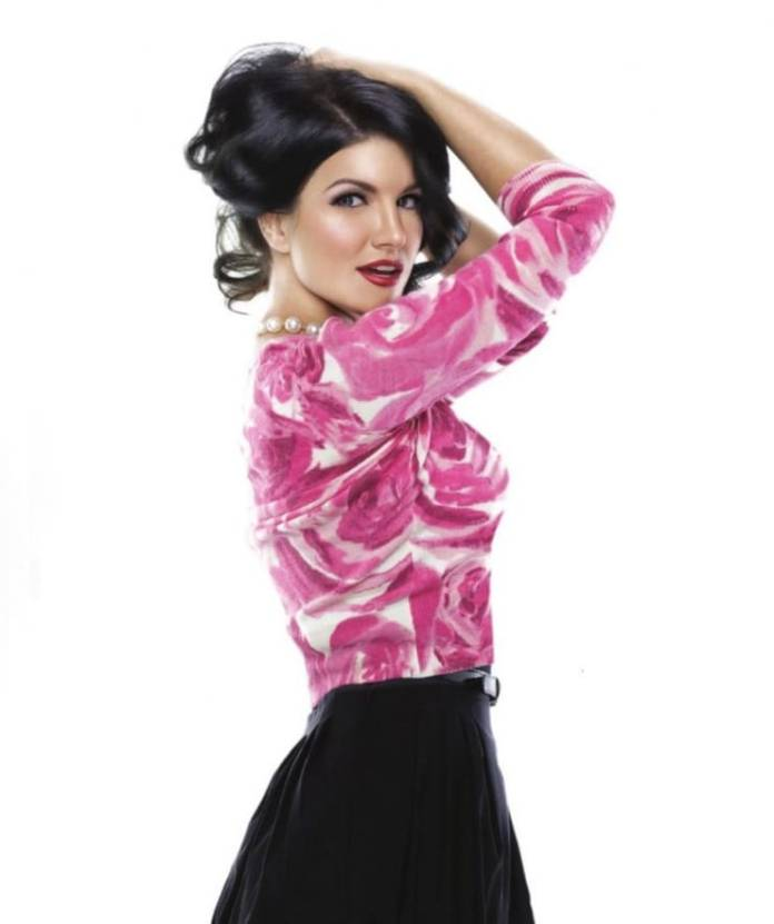 Gina Carano sexy look