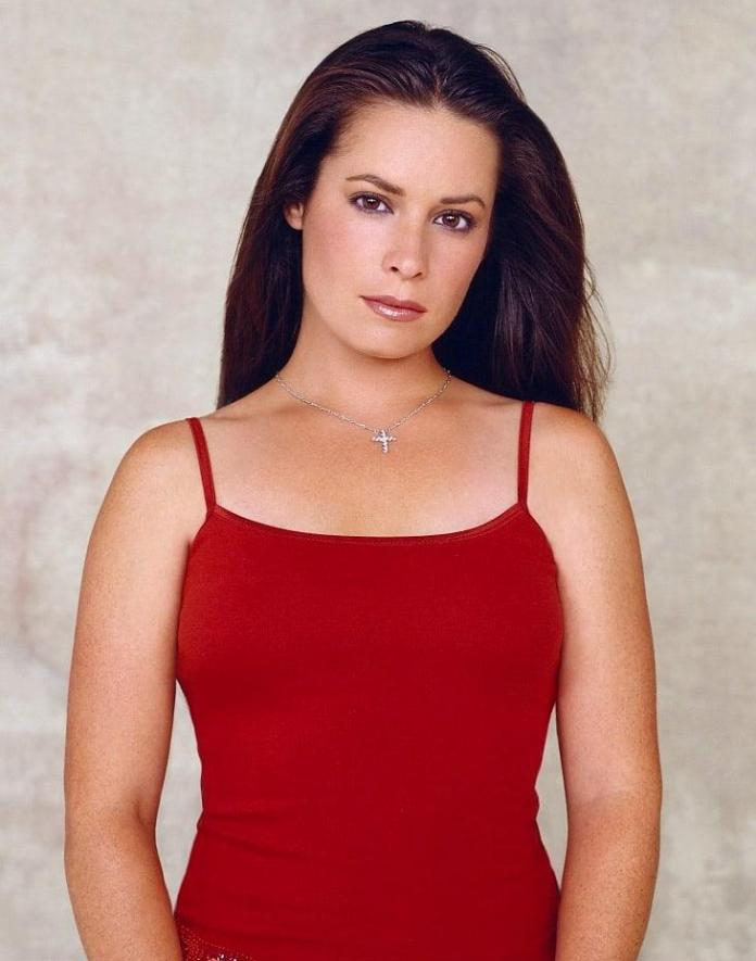 Holly Marie Combs sexy pic