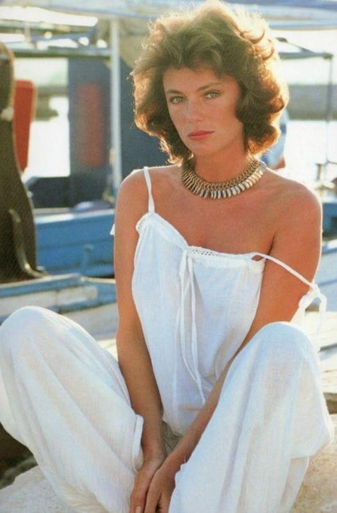 Jacqueline Bisset hot