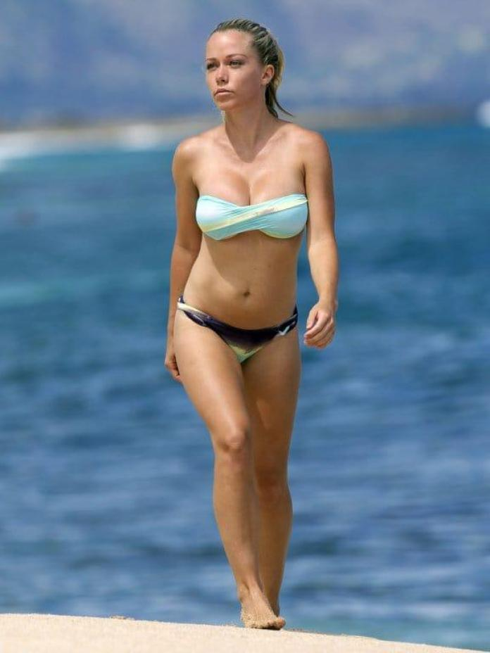 Kendra Wilkinson sexy pics